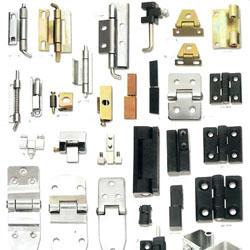 Berbagai Jenis dan Fungsi Engsel Untuk Furniture